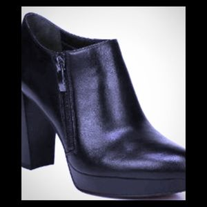 EUC Black platform booties